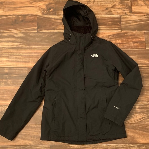 7f9c43b1a921 The North Face Resolve Insulated Jacket. M 5bf0f1a4a5d7c67b0824b64f